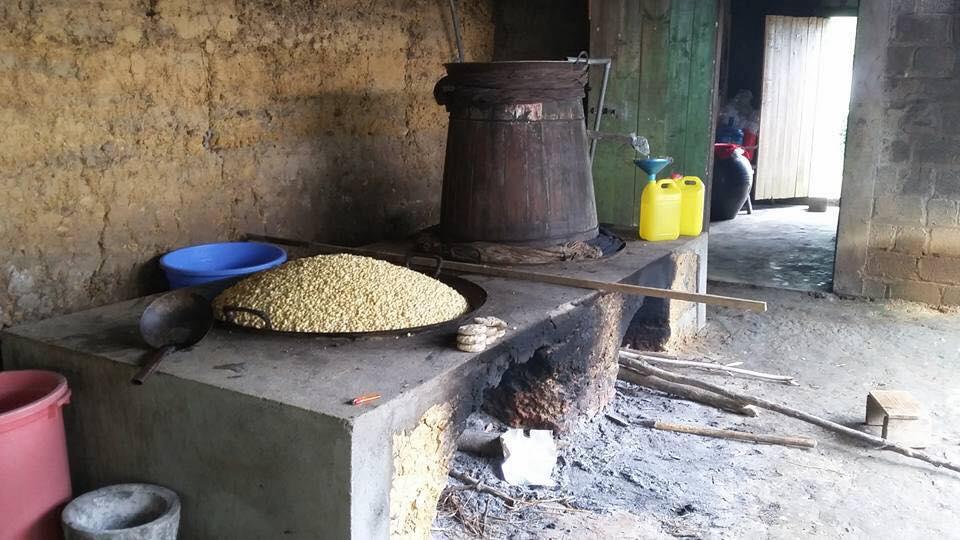 Cơ sở nấu rượu ngô tại thôn Bản Phố 2, xã Bản Phố, Bắc Hà