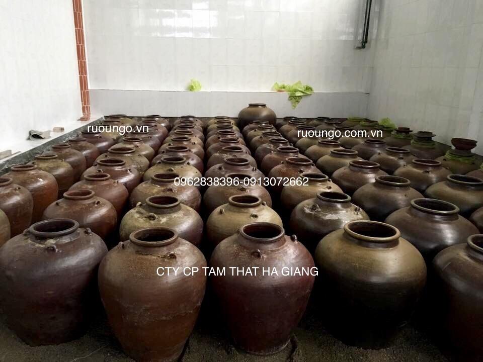 Kho ủ rượu ngô hạ thổ bằng cát vàng rất sạch sẽ đảm bảo vệ sinh
